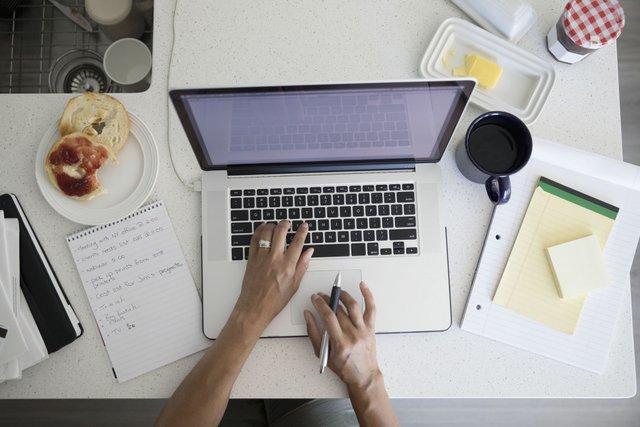 Переконайтесь, що ваш ноутбук справляється з поставленими задачами - фото 392300