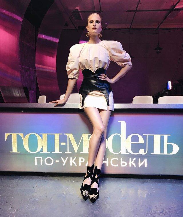 Українська топмодель Алла Костромічова застрягла у Німеччині: їй ніде жити - фото 392679