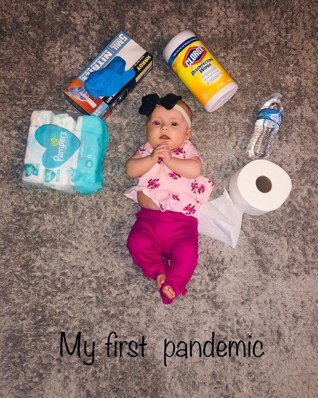 Моя перша пандемія: у мережі запустили флешмоб з дітьми і туалетним папером - фото 393074