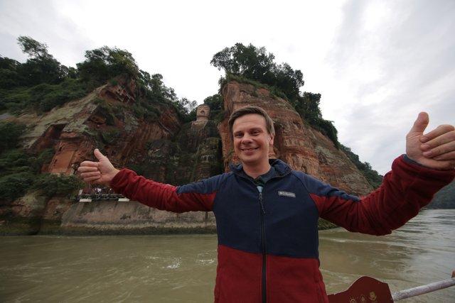 Ведучий Світу навиворіт Дмитро Комаров розповів про роботу в Китаї - фото 393428
