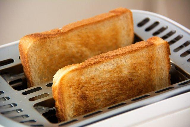 Чому не варто повністю відмовлятися від жирної їжі - фото 393728