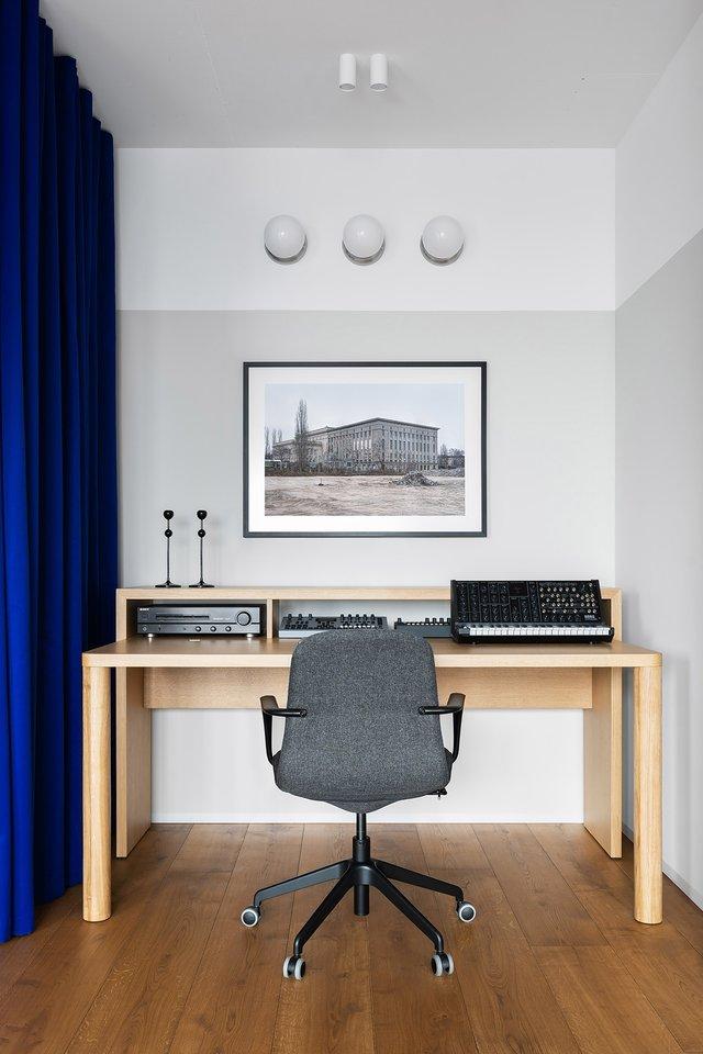 Американський журнал Dezeen розповів про оригінальний дизайн київської квартири - фото 393979