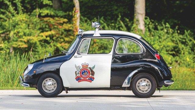 Найнезвичніше авто Subaru у поліцейській лівреї пустять з молотка - фото 394083