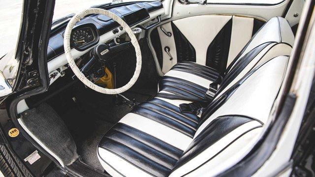 Найнезвичніше авто Subaru у поліцейській лівреї пустять з молотка - фото 394085