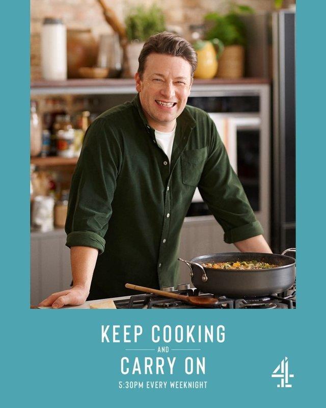 Готуй і живи далі: Джеймі Олівер запустив кулінарне шоу - фото 394142