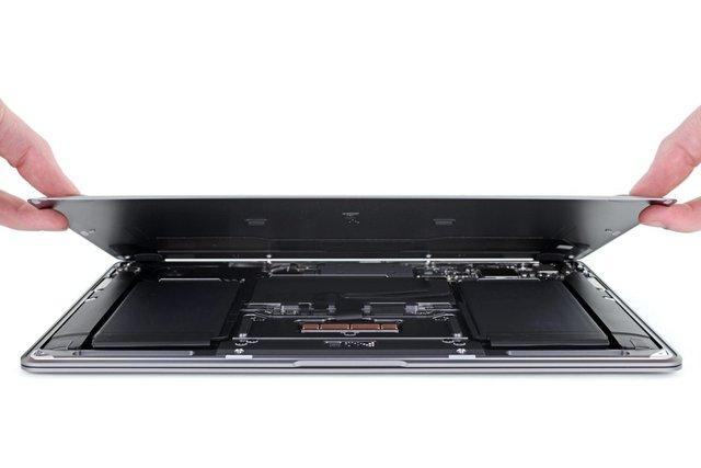 Фахівці iFixit перевірили ремонтопридатність MacBook Air 2020 - фото 394208