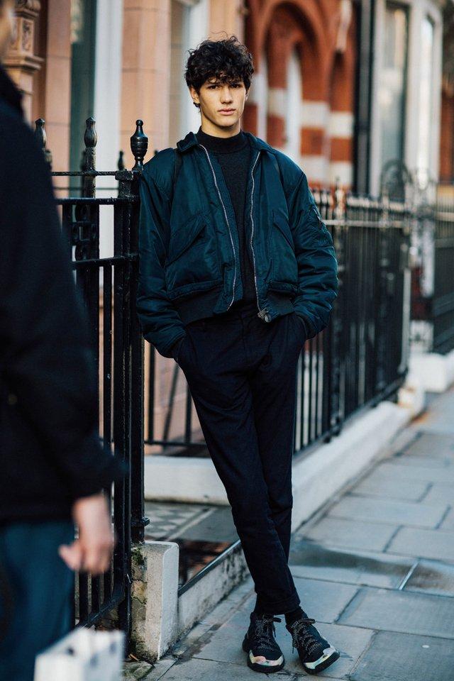 Чоловічі бомбери: яку модель весняної куртки вибрати цього сезону - фото 394758