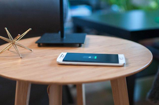 Науковці працюють над альтернативним методом зарядки смартфонів - фото 395104