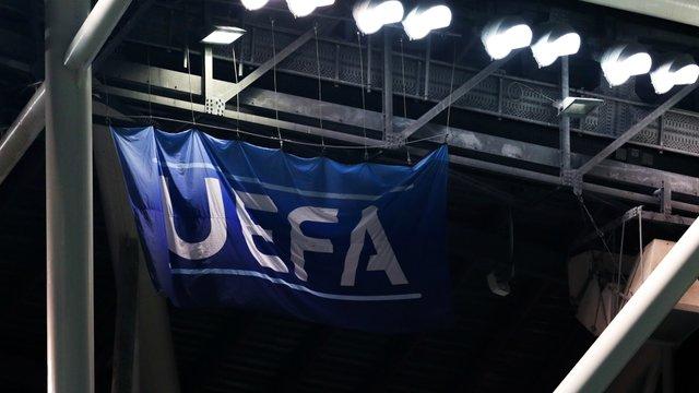 УЄФА розглядає питання відновлення чемпіонатів - фото 395151