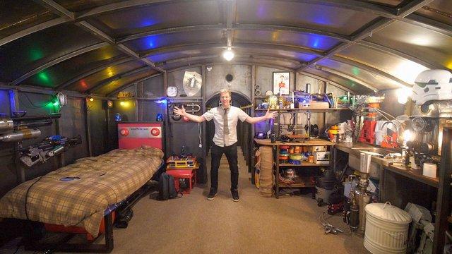 Британець кілька років будував бункер під землею (фото) - фото 395210