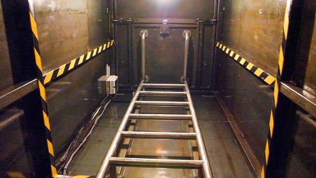 Британець кілька років будував бункер під землею (фото) - фото 395212