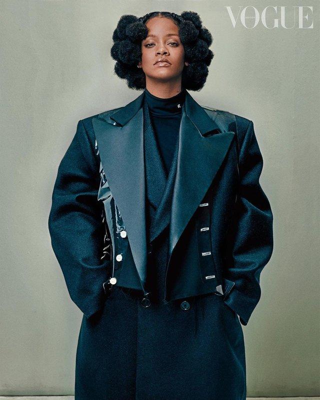 Rihanna нового десятиліття: поп-зірка знялась для британського Vogue - фото 395273