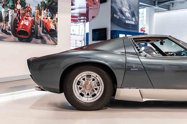 З молотка пустять легендарний Lamborghini Miura SV з найменшим пробігом - фото 395619