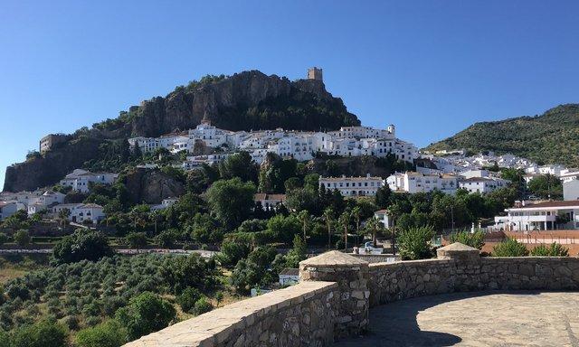 Як невелике іспанське місто убезпечило себе від коронавірусу - фото 396043