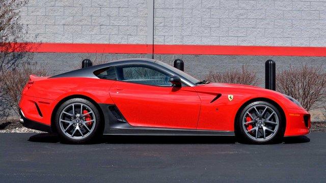 Рідкісну Ferrari 599 GTO виставили на аукціон - фото 396606