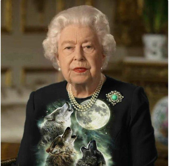 Єлизавету II перетворили на новий мем - фото 396700