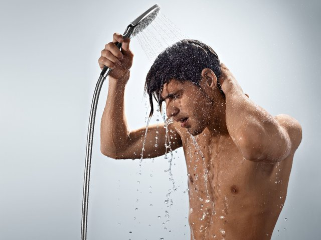 Не полінуйтесь прийняти душ - фото 396942