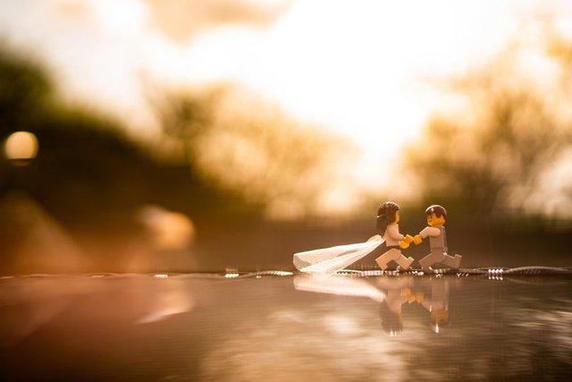 Карантин – не завада: весільний фотограф зробив фотосесію для Lego-молодят - фото 398103