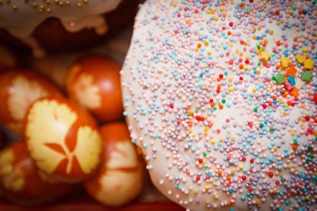 Глазур для паски своїми руками: рецепт приготування в домашніх умовах - фото 398506