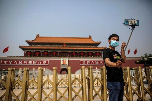 У Китаї знову дозволили туризм і подорожі - фото 401479