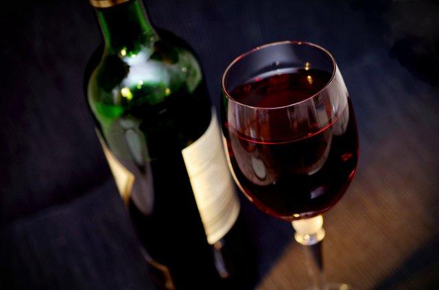 Чи допомагає вино схуднути - фото 401916