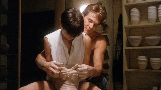 Спекотний кіноперегляд: найкращі секс-сцени з популярних фільмів - фото 404313