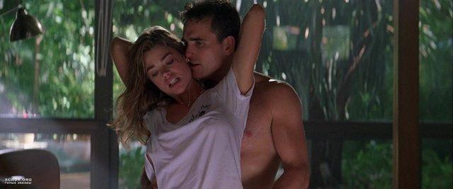Спекотний кіноперегляд: найкращі секс-сцени з популярних фільмів - фото 404314