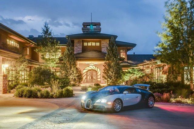 У США продається вілла з гаражем на 100 авто - фото 404767