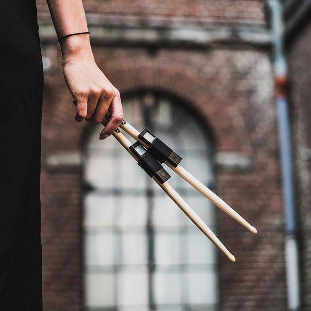 З'явились безшумні палички для барабанів: сусіди видихнуть з полегкістю - фото 405201
