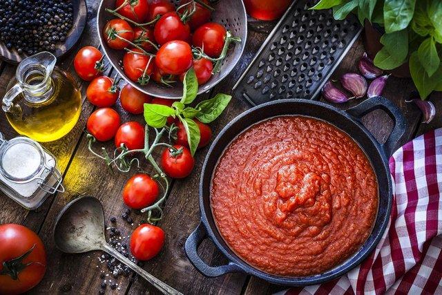 Готуйте томатну пасту самостійно - фото 405265