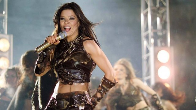 Як змінювалася Руслана: еволюція кар'єри співачки у фото та відео - фото 405903