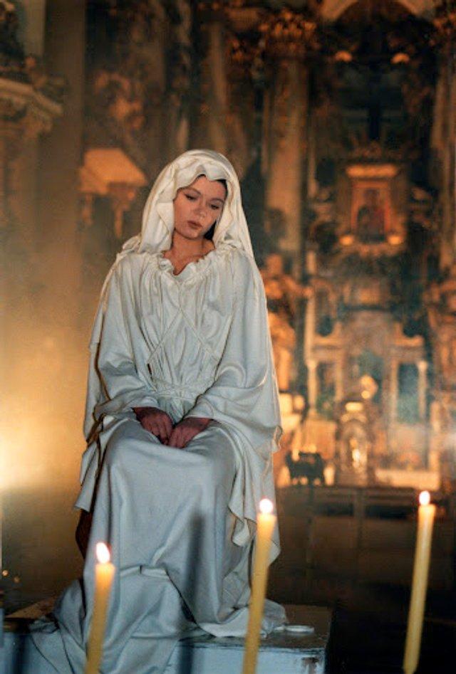 Як змінювалася Руслана: еволюція кар'єри співачки у фото та відео - фото 405912