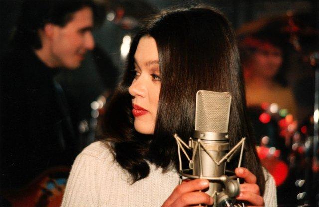 Як змінювалася Руслана: еволюція кар'єри співачки у фото та відео - фото 405914