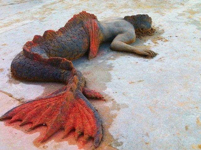 Цей чоловік створює з піску неймовірні реалістичні скульптури - фото 406165