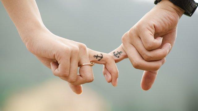 Як поліпшити сексуальне життя без партнера: інтимне дослідження - фото 406503