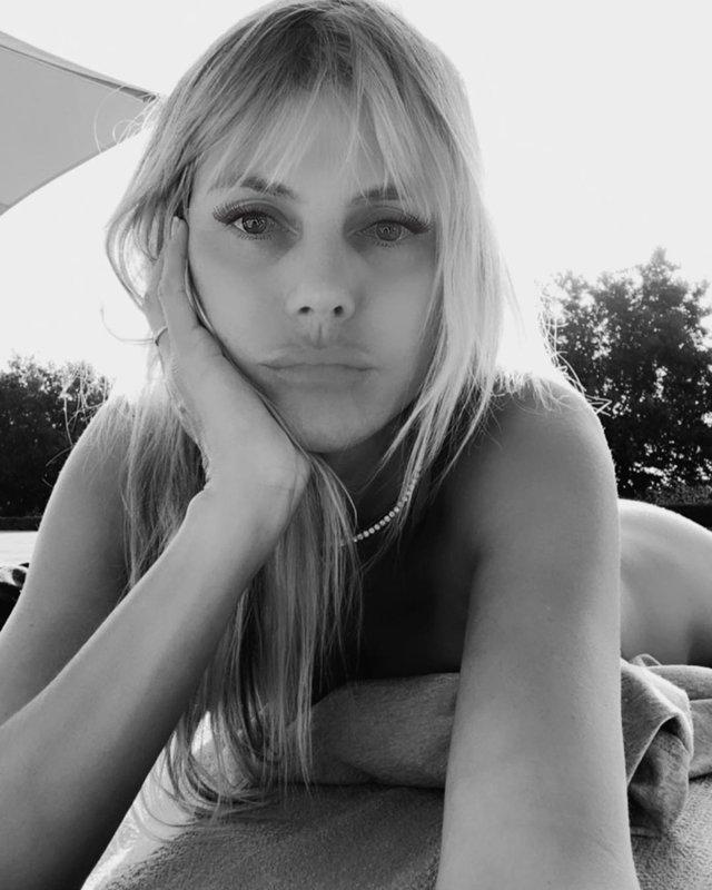 Хайді Клум показала, як вона засмагає голяка: відверте фото (18+) - фото 407019