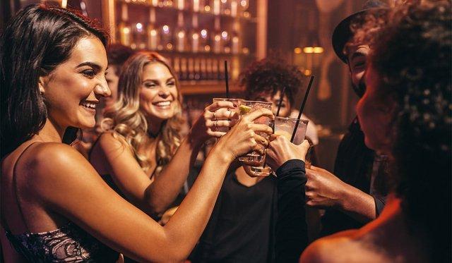 У розвитку жіночого алкоголізму може бути винним естроген - фото 407752
