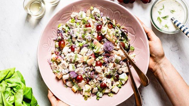 Заправляйте улюблені салати грецьким йогуртом - фото 407789