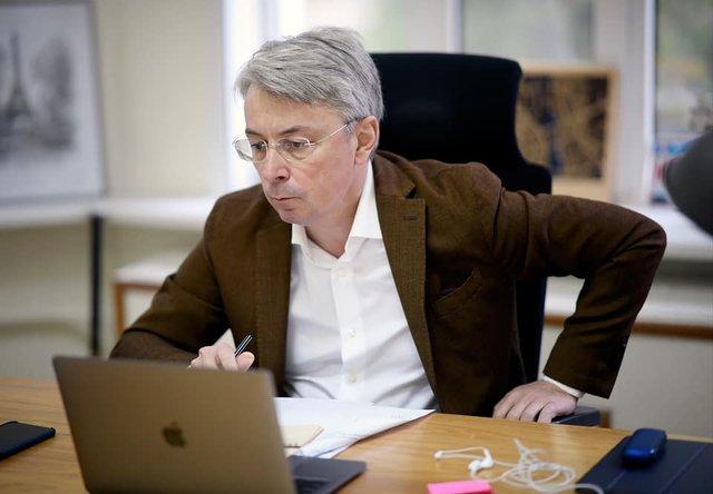Олександр Ткаченко – новий міністр культури: біографія і факти - фото 408109