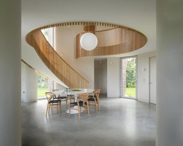 В Англії архітектори створили дім у вигляді хмелесушарки: ефектні фото - фото 408855