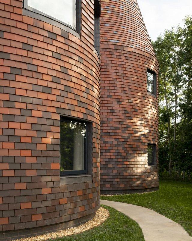 В Англії архітектори створили дім у вигляді хмелесушарки: ефектні фото - фото 408872