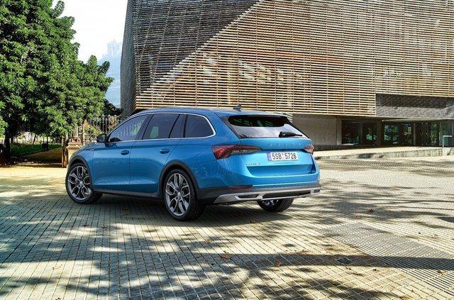 Представлено Skoda Octavia Combi Scout: чим особлива нова версія популярного чеського авто - фото 409327