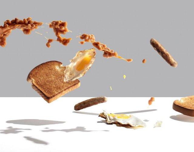 Їжу з підлоги краще не їсти - фото 409416