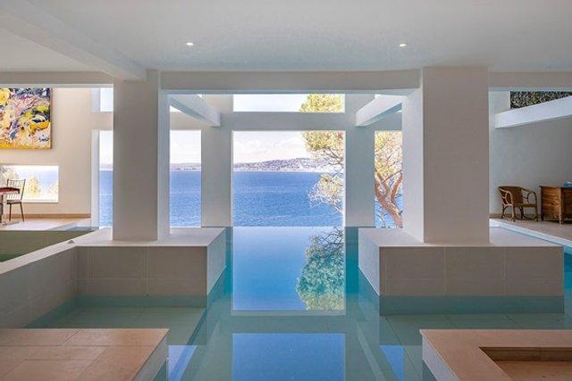 Шон Коннері продає розкішний особняк за 30 мільйонів євро - фото 409482