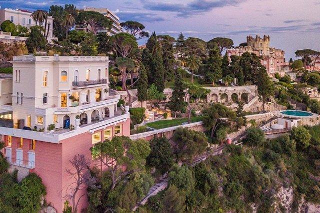 Шон Коннері продає розкішний особняк за 30 мільйонів євро - фото 409485
