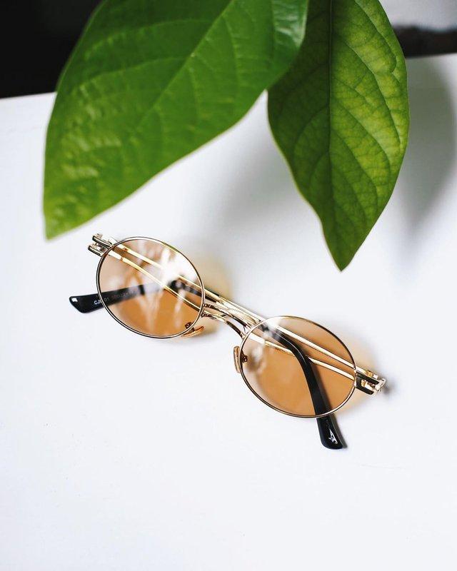 Трендові чоловічі сонячні окуляри: 5 найкращих моделей - фото 410089