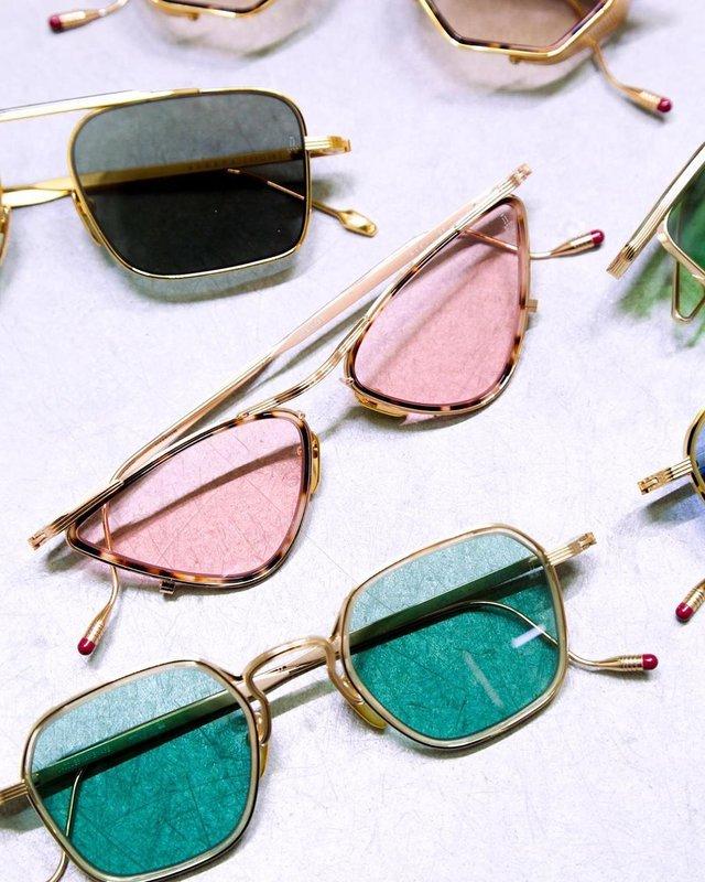Трендові чоловічі сонячні окуляри: 5 найкращих моделей - фото 410090
