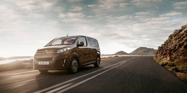 Citroen представила 9-місний електромобіль - фото 410166