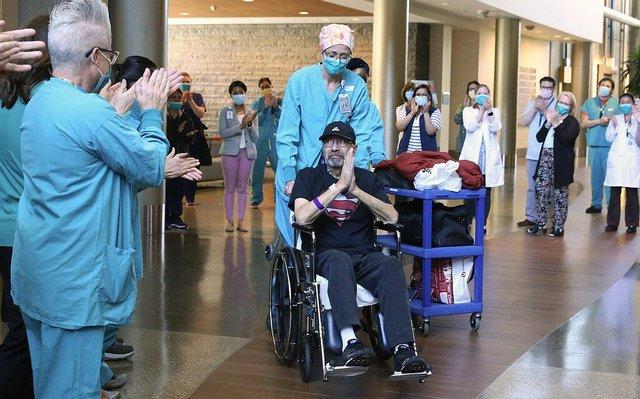 Чоловік пробув у лікарні 62 дні - фото 410528