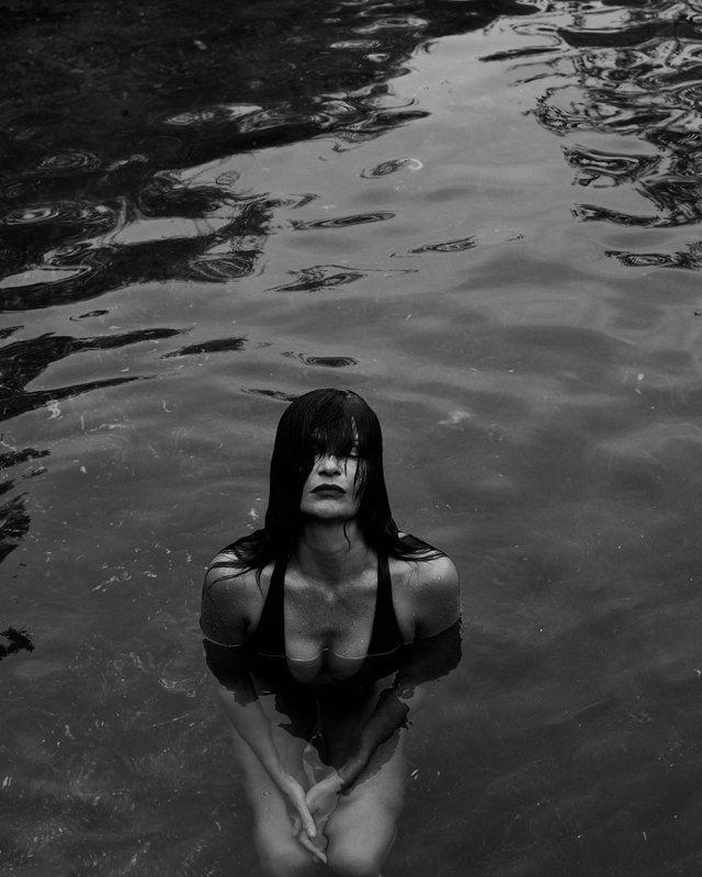 51-річна супермодель вразила мережу своїм тілом: спокусливі фото - фото 410601